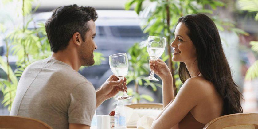 Comment rencontrer quelqu'un quand on est timide